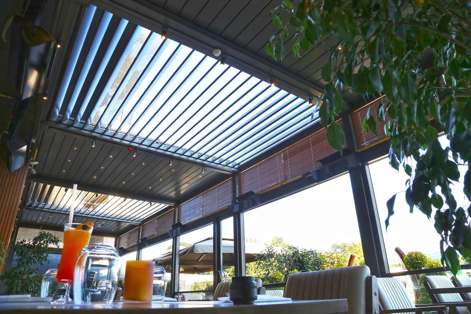 Cerramientos de terrazas con cortinas de cristal - Terrazas de madera precios ...