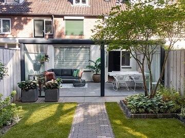 Cerramientos de patios ca cerramientos abatibles for Ideas para hacer un techo en el patio