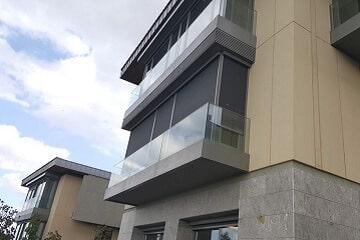 Toldo Vertical para Ventanas de Balcón o Viviendas